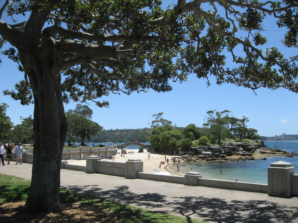 Balmoral Beach | Photo: Phil Whitehouse, Flickr